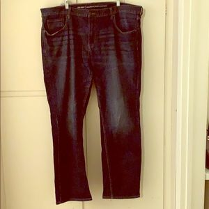 Old Navy Men's Athletic Fit Jeans 42x34